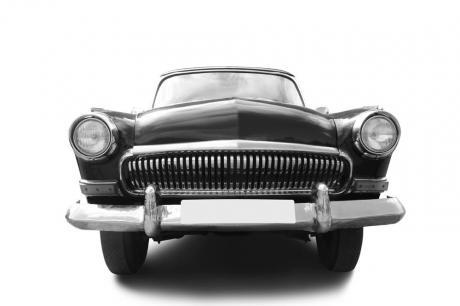 black_car_bw.jpg
