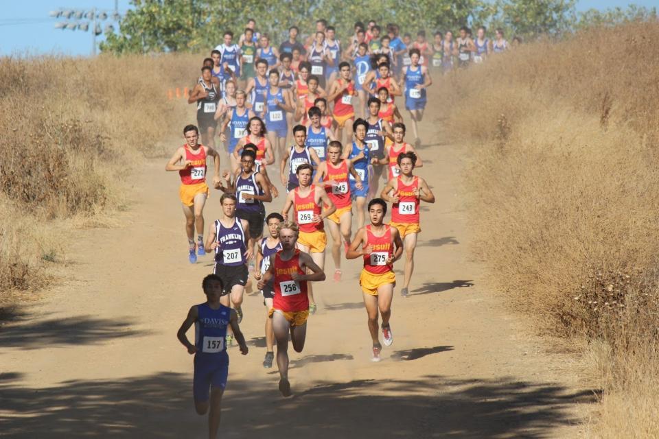 Jesuit Frosh/Soph Team leading the pack