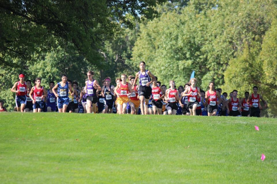 Frosh/Soph Boys Race Start